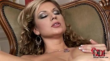 tiles vinyl babe rammed busty sells and Thick brazilian bbc